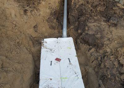 zo laat dit systeem het regenwater weer samenvoegen met het grondwater en verdwijnt het niet in het riool
